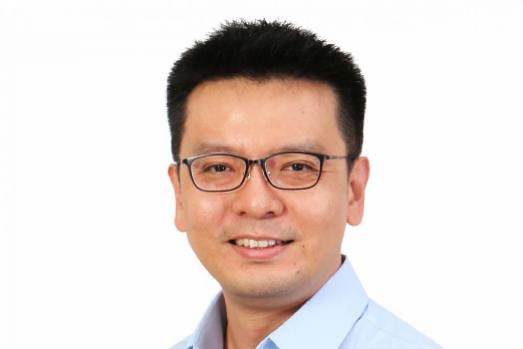 """Dr Daniel Goh, yang menyifatkan e-mel yang mendakwa beliau mempunyai hubungan sulit sebagai """"surat racun"""", berkata beliau setakat membantu pelajar tersebut mengenai pengajian PhD-nya. Gambar PARTI PEKERJA"""