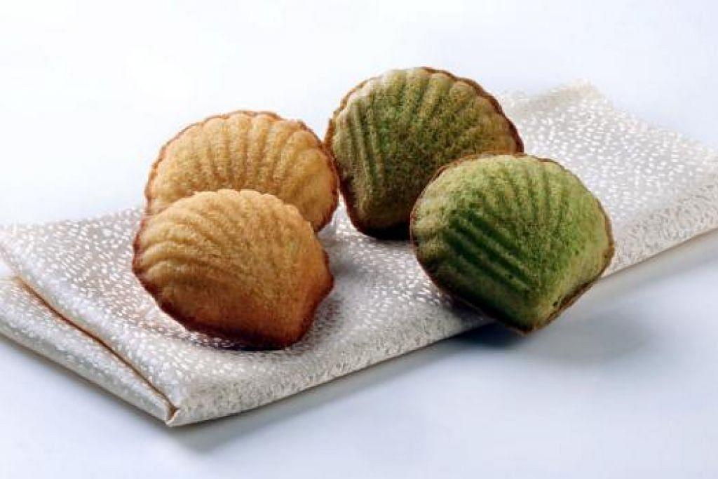 LEBIH BERKHASIAT: Kuih baulu pun boleh dibuat menggunakan tepung bijian sempurna. - Foto PRIMA SINGAPORE