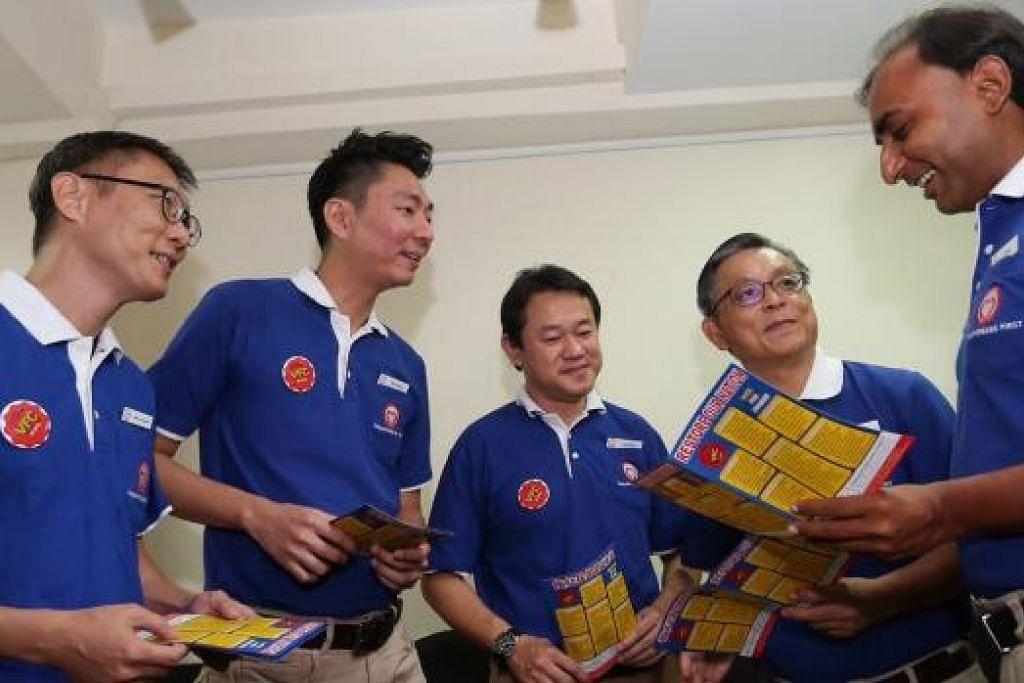 KUMPULAN PERTAMA CALON SINGFIRST: (Dari kiri) Encik Wong Chee Wai, Encik Melvyn Chiu, Encik Fahmi Rais, Encik Tan Jee Say, dan Encik Chirag Desai. - Foto THE STRAITS TIMES