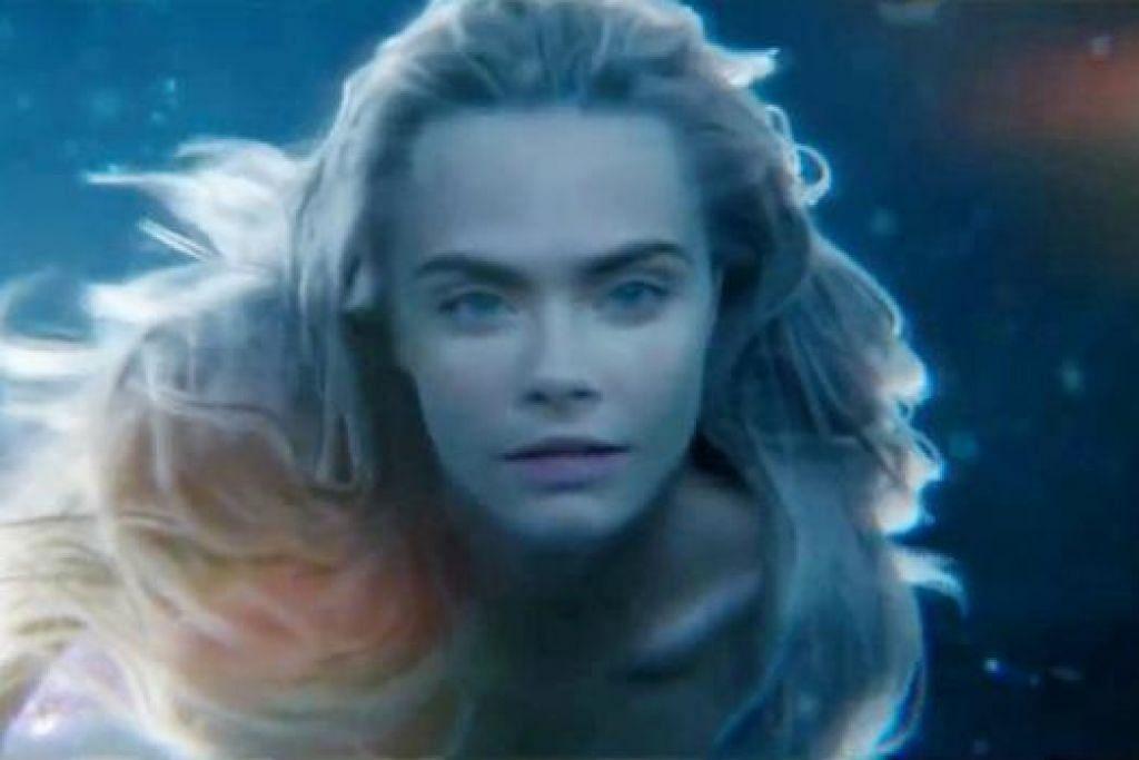 CARA DELEVINGNE: Membawa watak duyung dalam filem 'Pan' yang bakal ditayangkan bulan depan. - Foto WARNER BROS