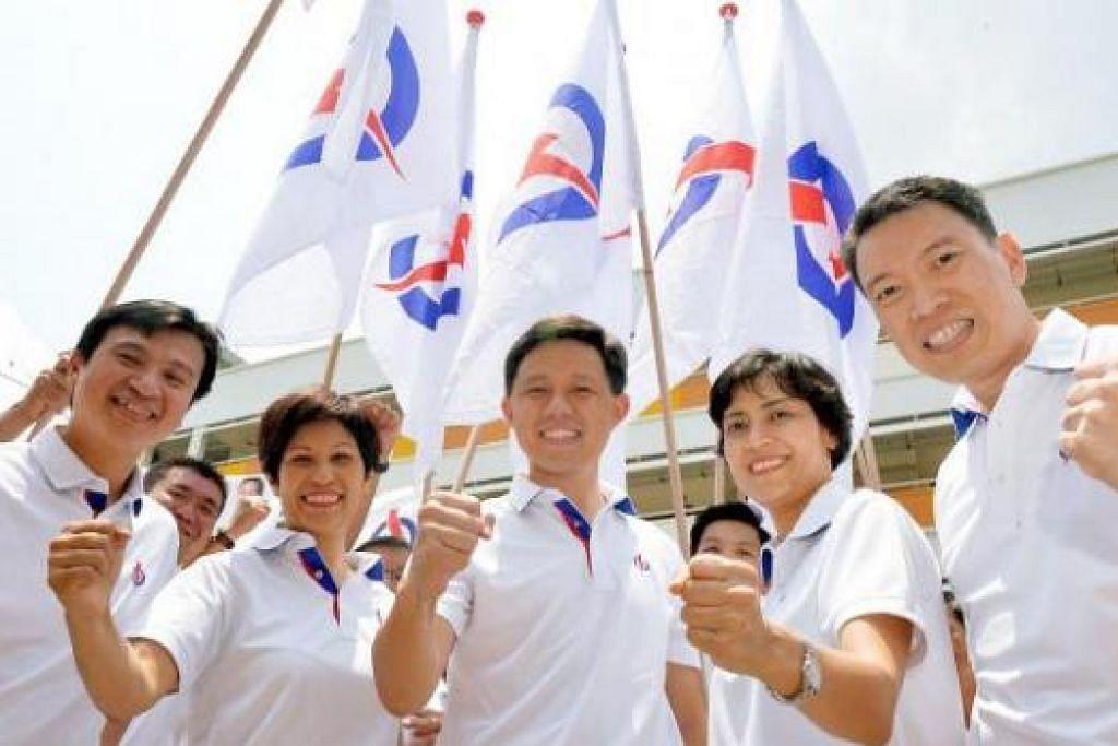 INGIN TERUSKAN WARISAN MENDIANG ENCIK LEE: Pasukan PAP (dari kiri) Dr Chia, Cik Indranee, Encik Chan, Cik Pereira dan Encik Yong ingin perbaiki khidmat kepada penduduk Tanjong Pagar. - Foto KHALID BABA