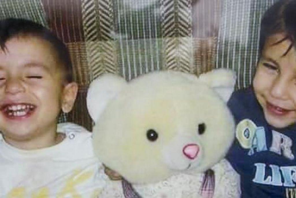 Aylan, tiga tahun, dan abangnya, Galip, lima tahun. Gambar REUTERS