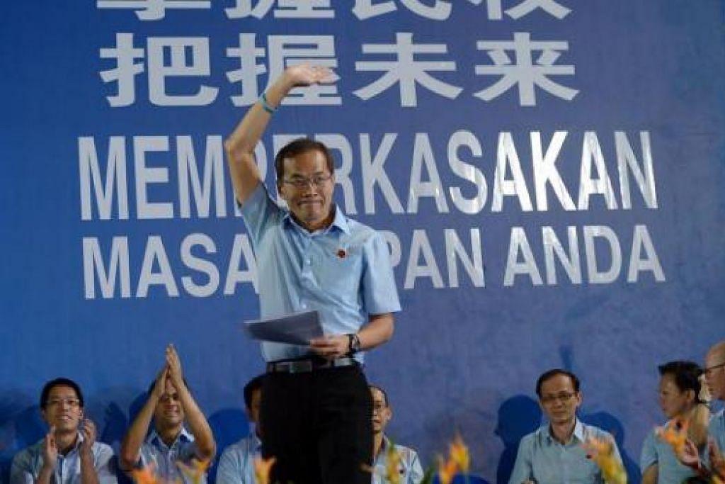 CALON WP DI FENGSHAN: Encik Tan berkata WP akan mengendalikan majlis bandaran di SMC Fengshan dan GRC East Coast bersama jika calon mereka dipilih. - Foto TUKIMAN WARJI