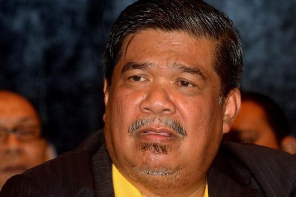"""Encik Mohamad Sabu berkata Parti Amanah Negara perlu pendekatan berbeza kerana Malaysia negara majmuk dan konsep ketuanan Melayu-Islam mewujudkan tanggapan bahawa penganut  agama dan budaya lain adalah """"musuh"""", dan bahawa Islam dan Melayu sentiasa diserang oleh kaum lain."""