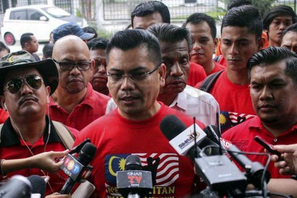 """NAFI DIBERI BAYARAN: Presiden Gabungan NGO Melayu Malaysia, Datuk Jamal Yunus, menafikan beliau menerima RM3 juta daripada Datuk Najib bagi Himpunan """"Baju Merah"""". - Foto INSIDER"""