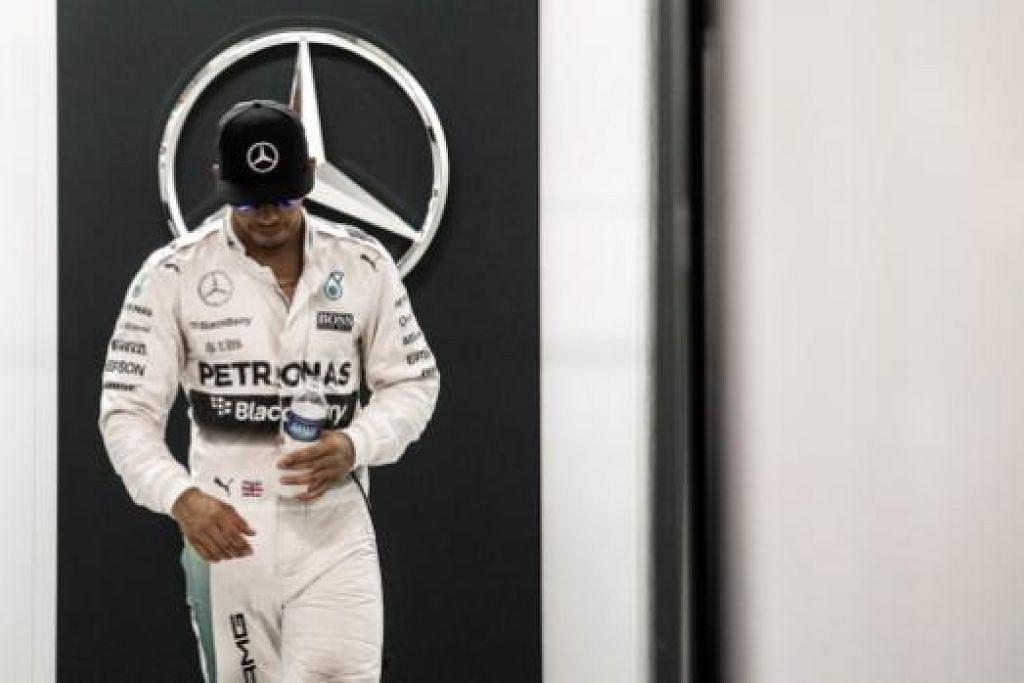 WAJAH HAMPA: Juara dunia dan juara bertahan Grand Prix Singapura ini, Lewis Hamilton, sekadar mencatatkan masa kelima terpantas.