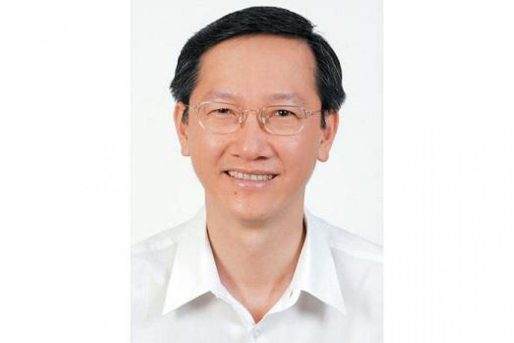 MENTERI NEGARA: Encik Sam Tan