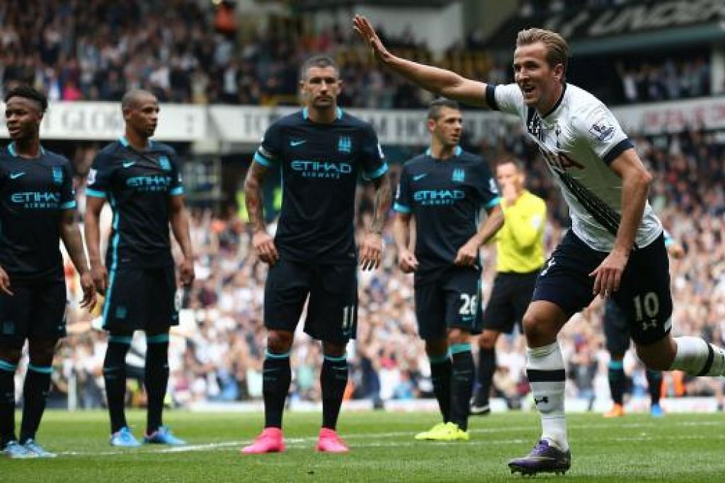 RAIKAN GOL: Penyerang muda Tottenham, Harry Kane, meraikan gol pentamanay musim ini semasa pasukannya menewaskan City 4-1 sebentar tadi (26 September).