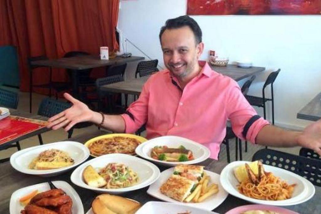 INILAH HIDANGAN ISTIMEWA DI TASH TISH TOSH: Encik Wahid menunjukkan antara masakan yang dimasak di restorannya di kawasan Simpang Bedok. – Foto-foto KULINARY AFFAIRS