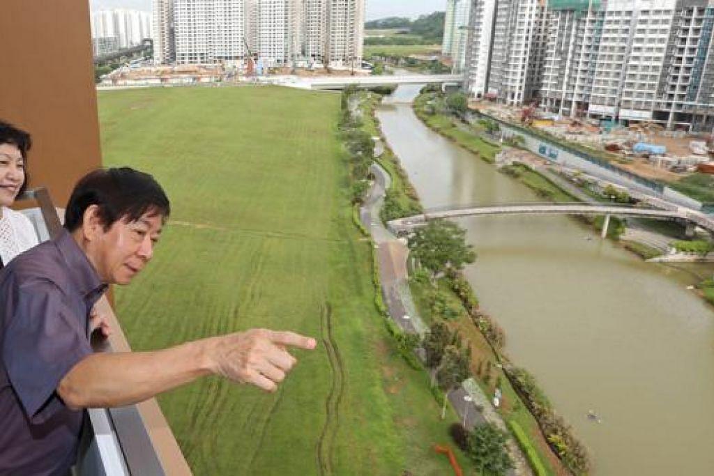 DARI PERUMAHAN KE PENGANGKUTAN: Encik Khaw Boon Wan tidak 'ikut' nasihat ramai temannya supaya usah memegang jawatan Menteri Pengangkutan. - Foto fail
