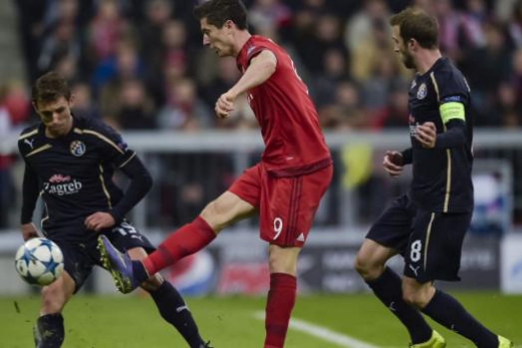 Penyerang Robert Lewandowski menjaringkan gol kelima Bayern Munich dalam kemenangan 5-0 ke atas Dinamo Zagreb. Gambar AFP