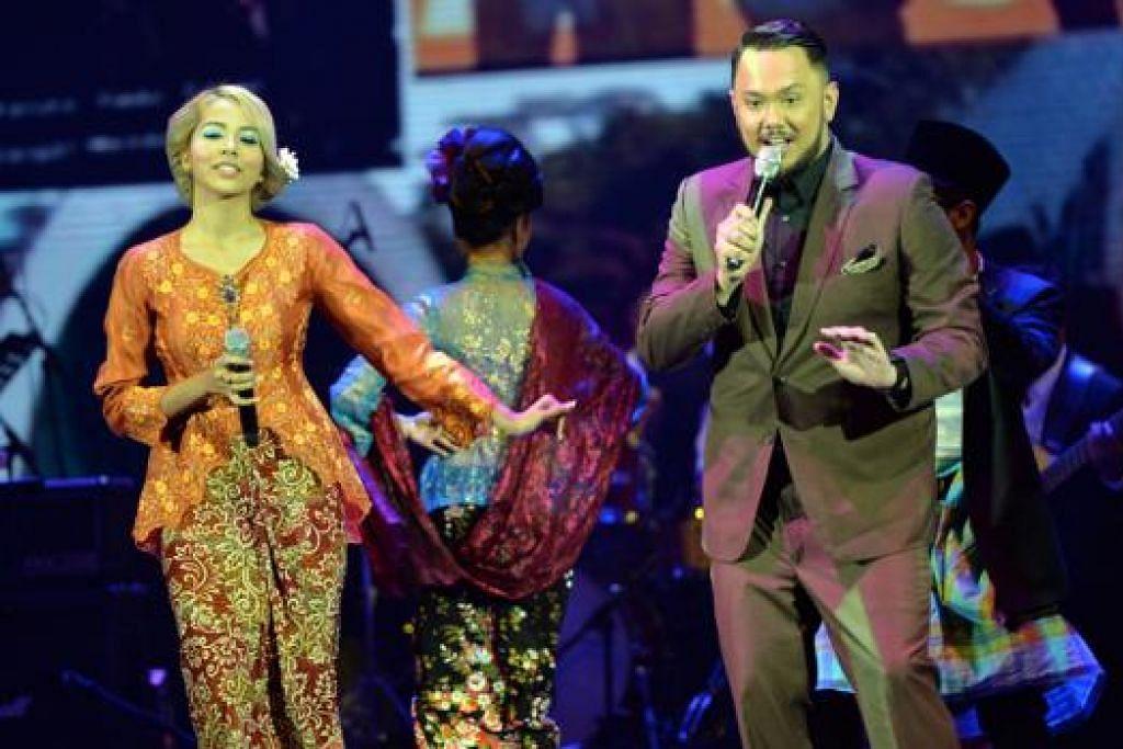 WARISAN MUZIK LAMA DIHARGAI: Bintang masa kini, Aisyah Aziz dan Imran Ajmain, begitu selesa menyanyikan lagu-lagu malar segar dengan penjiwaan dan keserasian.