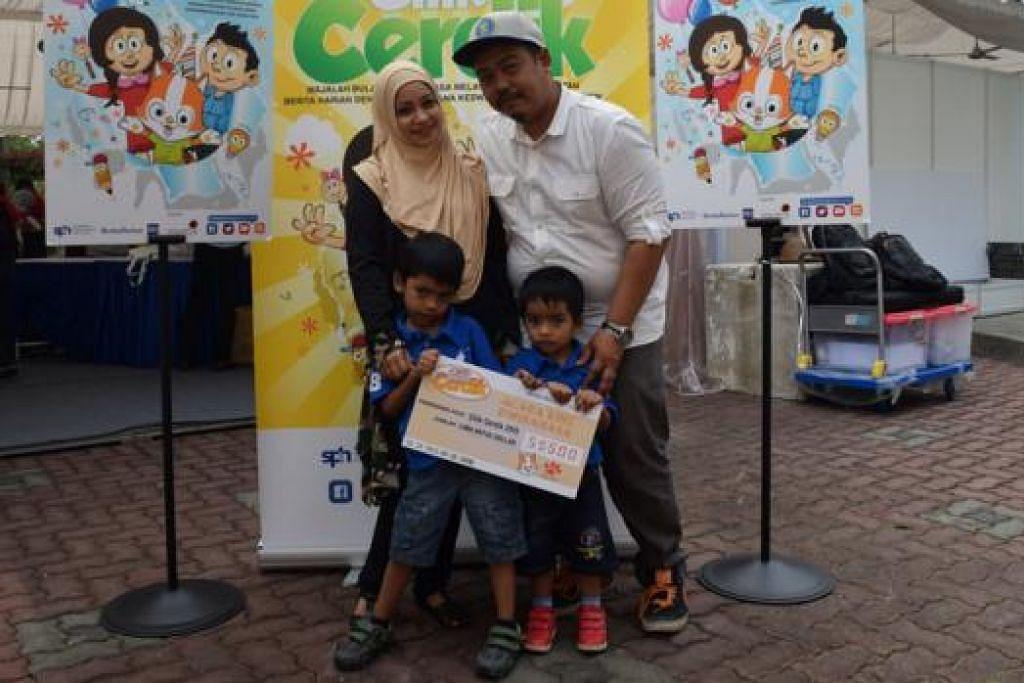 BERTUAH: Mohamed Fauzyansyah (kiri) bersama bapa, Encik Mohamed Fardeli Abdul Rahman; ibunya, Cik Mariani Ahmad; dan adiknya, Faiz Mirza.