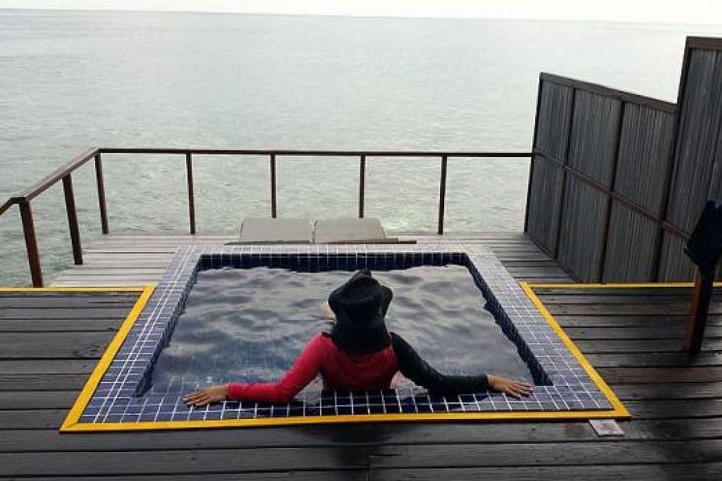 SPA KHAS: Penulis mencuba spa di Maldives.