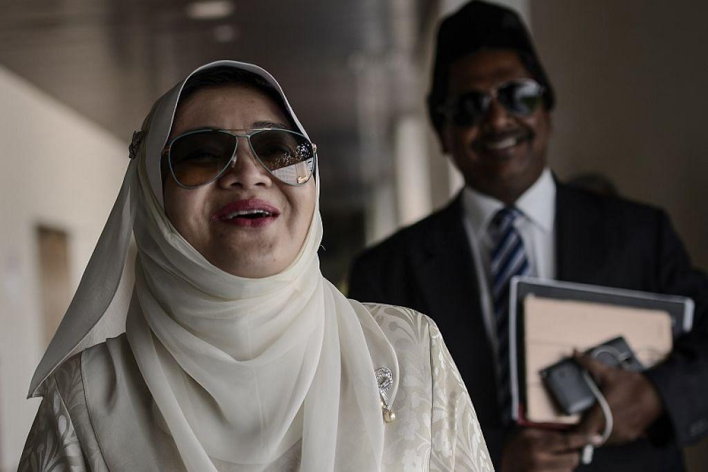 TUNTUTAN MUTA'AH: Mahkamah Tinggi Syariah menganugerahkan Cik Shahnaz Abdul Majid RM30 juta ($10.1 juta) dalam tuntutan muta'ah (bayaran pendamai) yang difailkan beliau terhadap Datuk Seri Mahmud Abu Bekir Abdul Taib. - Foto