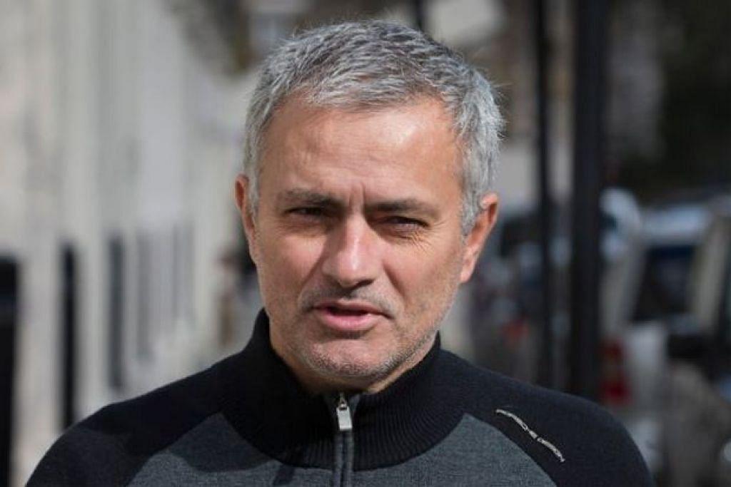 SATU KEJUTAN: Jose Mourinho mengumumkan akan kembali sebagai jurulatih pada Julai ini. - Foto