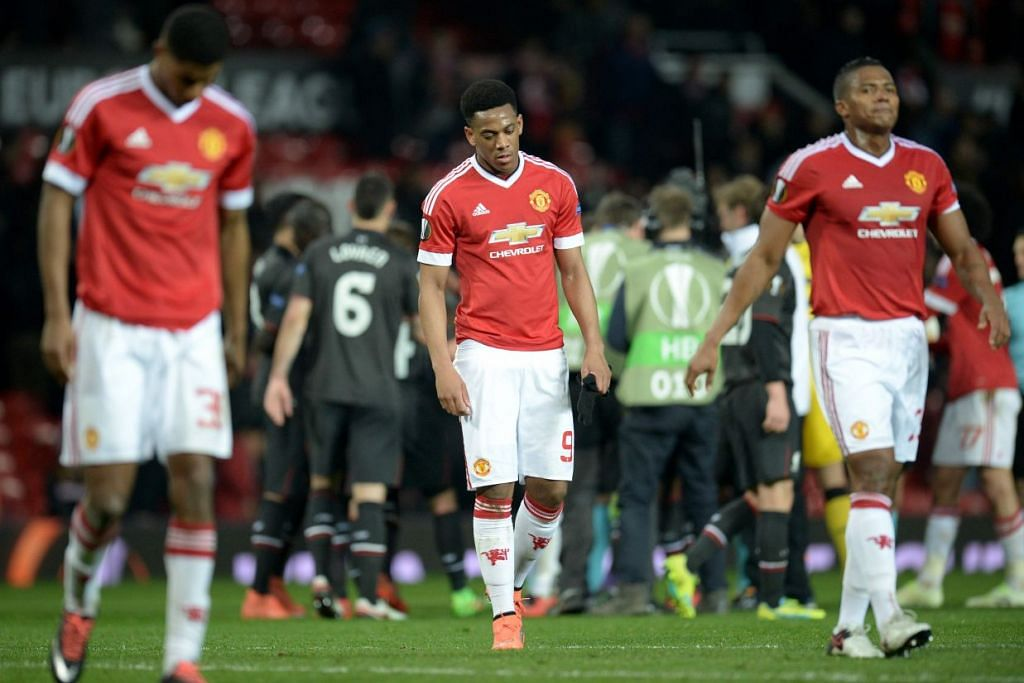 Pemain Manchester United perlu bangkit daripada kekecewaan tersingkir dari Liga Europa semasa berentap dengan Manchester City nanti.