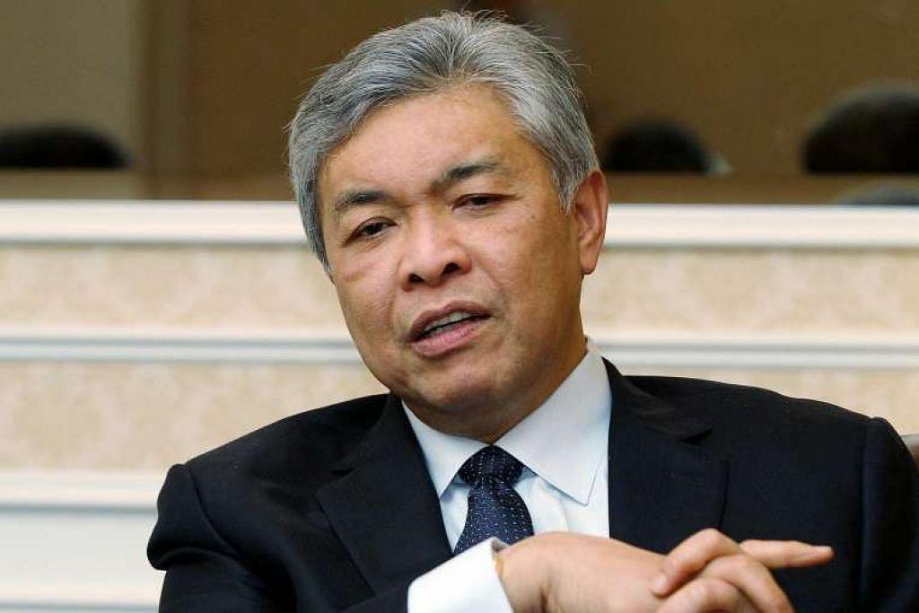 Datuk Seri Ahmad Zahid berkata dua lelaki Uighur itu menggunakan Thailand dan Malaysia sebagai transit untuk ke negara ketiga dan tidak adik untuk menyifatkan mereka sebagai pengganas.
