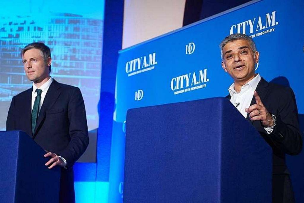 Tinjauan menunjukkan Encik Sadiq Khan (kanan) mendahului Encik Zac Goldsmith dalam persaingan menjadi Mayor London.
