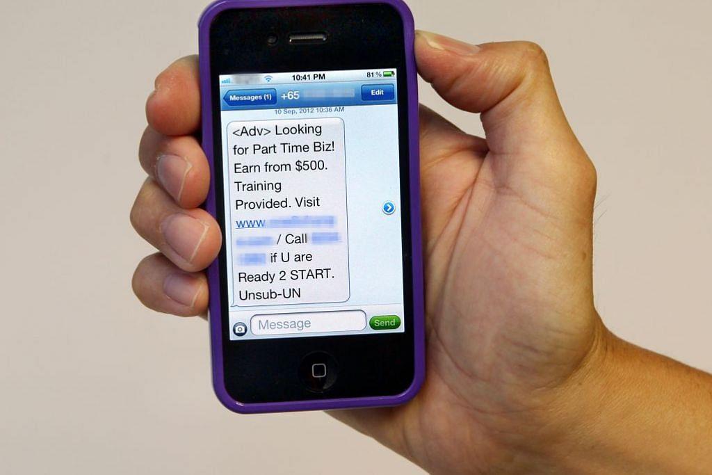 HADAPI TINDAKAN: Sebanyak 11 pertubuhan didenda, diberi amaran kerana melanggar peraturan perlindungan data peribadi. - Foto THE STRAITS TIMES