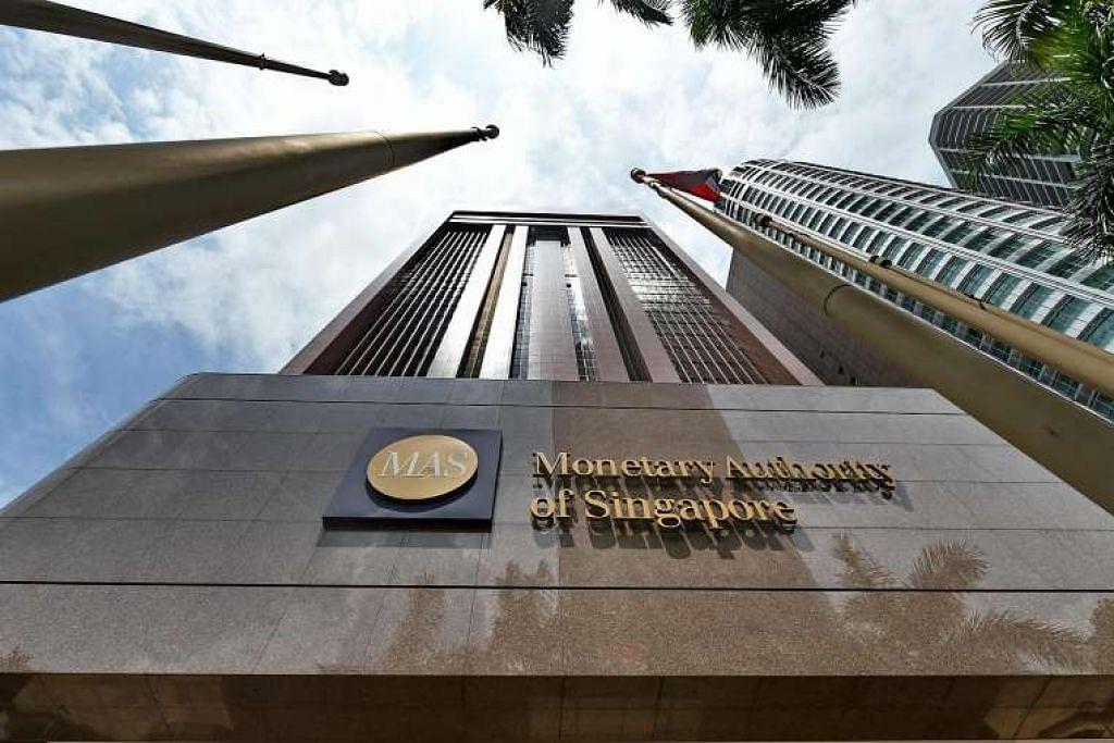 """Bursa Singapura (SGX) berkata pada Jumaat (22 Apr) bahawa """"dalam tempoh suku Januari hingga Mac, kami merujuk sembilan kes kepada MAS, iaitu tiga berkaitan perdagangan orang dalam dan enam berkaitan manipulasi pasaran""""."""