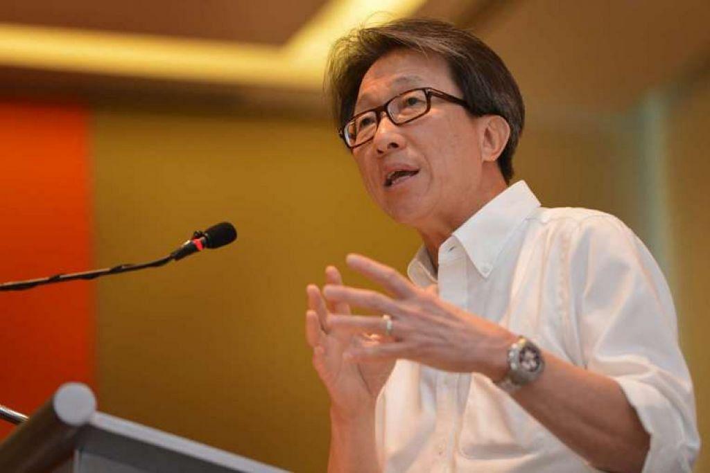 Menteri Tenaga Manusia, Encik Lim Swee Say.