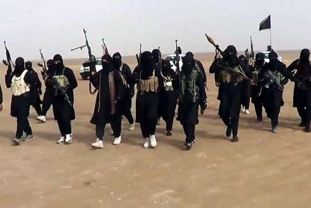 Rekrut ISIS dalam imej dari video dalam talian yang dimuat naik kumpulan militan itu. Mejar Jeneral Gersten dari Angkatan Udara Amerika juga berkata lebih ramai pejuang telah meninggalkan ISIS.