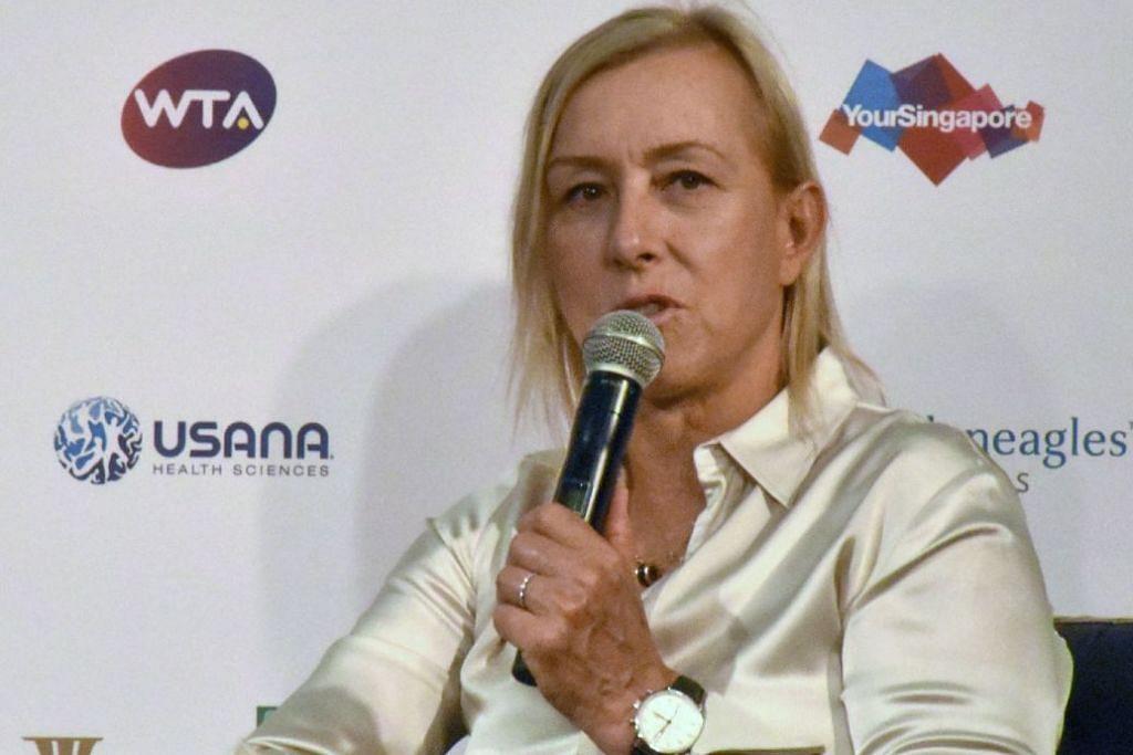 USAH SALAH SANGKA: Legenda tenis Martina Navratilova berkata Serena Williams belum lagi berada di senja kerjayanya. - Foto AFP