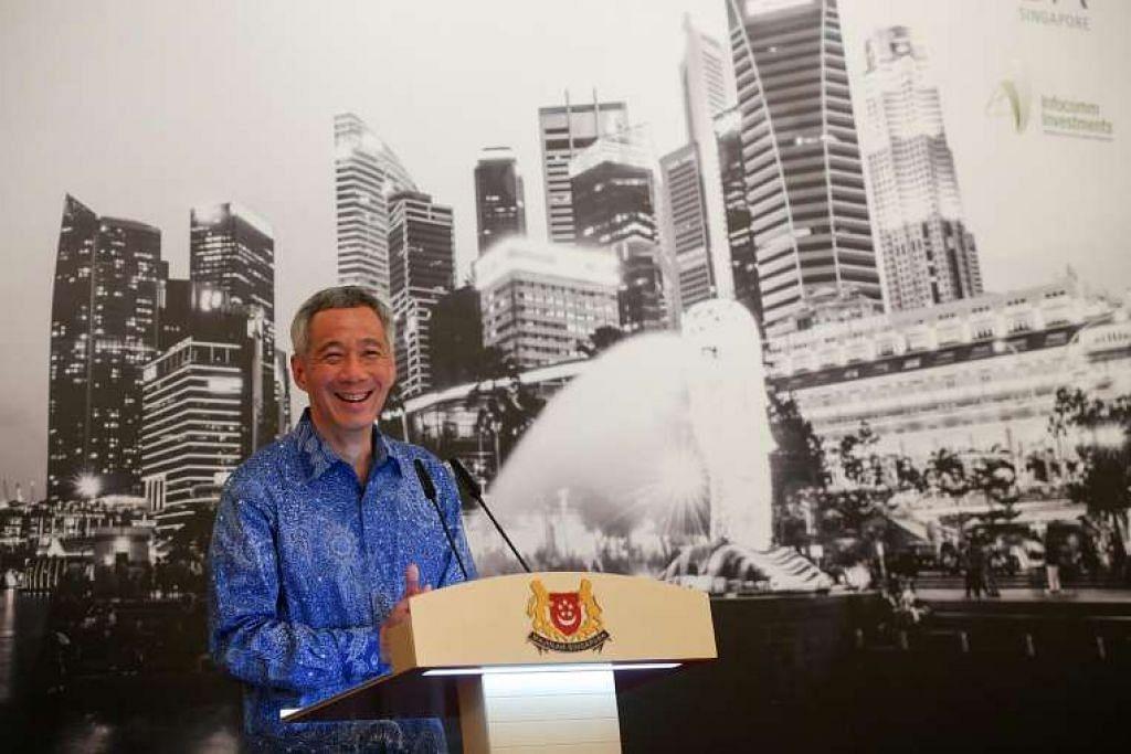 Perdana Menteri Lee Hsien Loong berucap melancarkan Forum Pengasas Negara Bijak Singapura pada 20 April 2015.