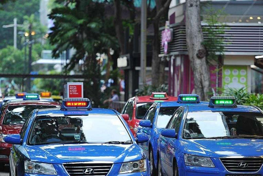 Terdapat beberapa kemalangan melibatkan teksi Hyundai ComfortDelGro yang mungkin disebabkan  pecutan tidak dirancang mengejut.