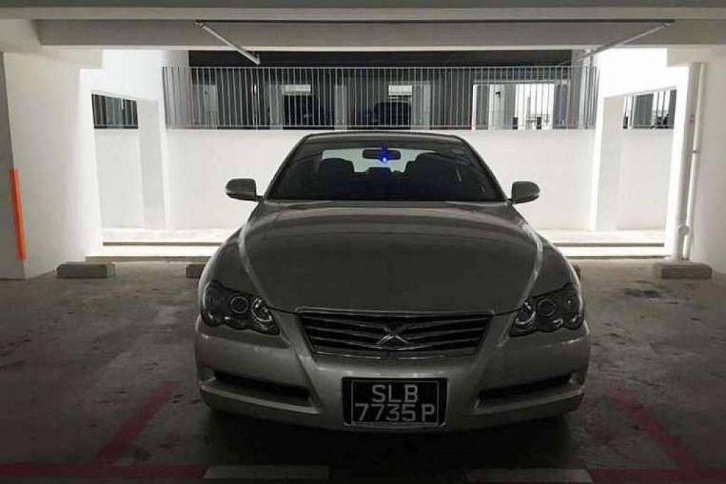 Encik Derrcik Tan dipercayai membayar jumlah empat angka dalam dolar Singapura kepada sebuah sindiket curi kereta untuk mendapatkan semula keretanya yang dicuri di Johor Bahru Isnin (16 Mei) lalu. Selain itu, sistem pencucuh kereta tersebut rosak dan wang tunai serta barang-barang peribadi di dalamnya lesap.