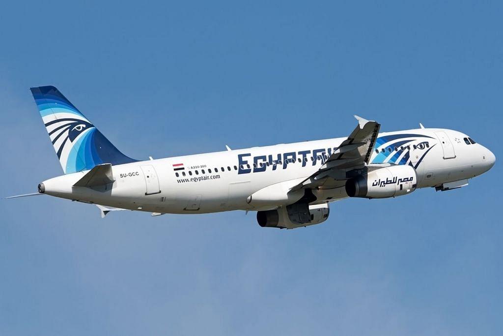TRAGEDI TIDAK SANGKA: Anggota keluarga penumpang pesawat EgyptAir jenis A320 (gambar), yang terhempas semalam semasa dalam penerbangan dari Paris ke Kahirah, tidak dapat menahan hiba. - Foto AFP