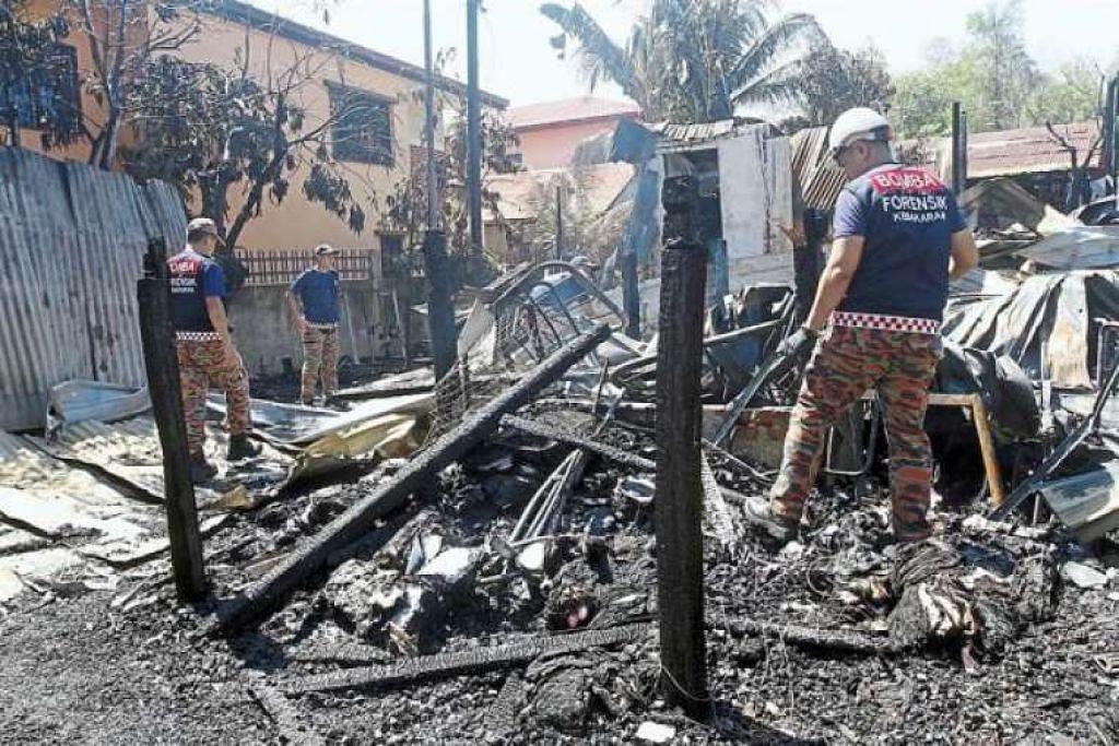 Mayat rentung Nurul Farhana Zulkifli, 15 tahun, ditemui dalam pelukan neneknya yang berusia 86 tahun, Cik Tiah Awang, yang juga terkorban, apabila rumah mereka dijilat api.