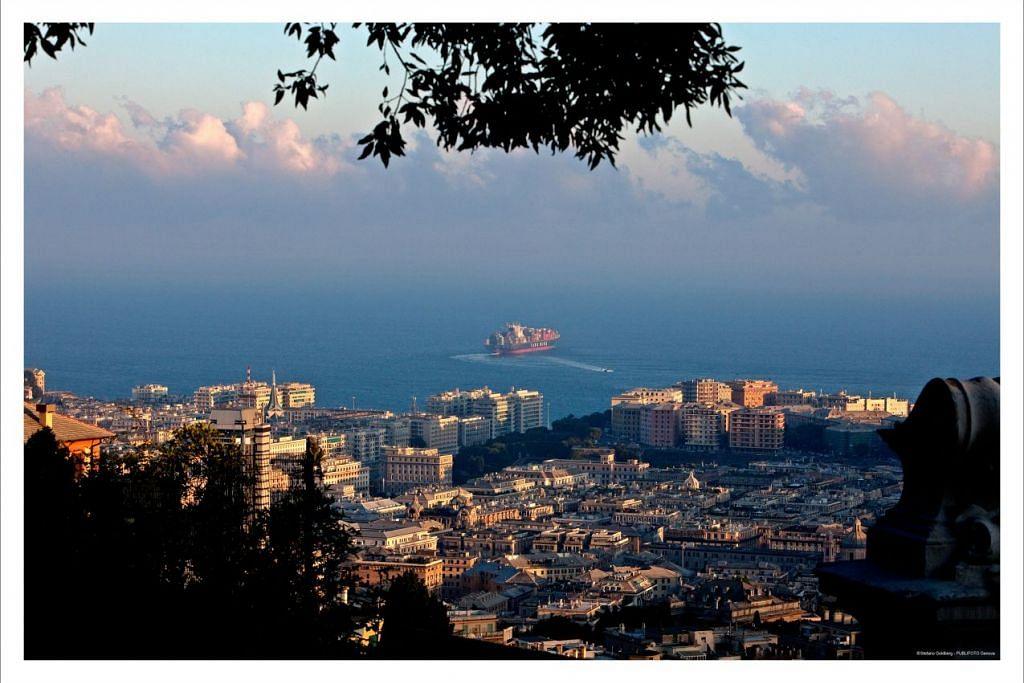 Bandar Genoa, Italy. - Foto STEFANO GOLDBERG