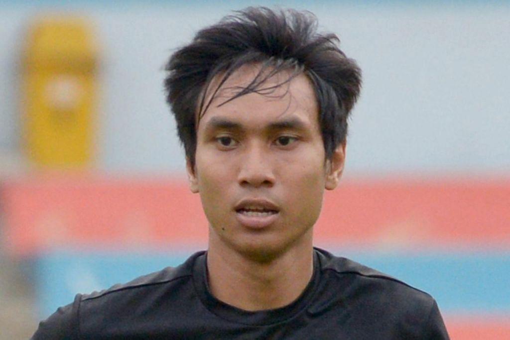 JARINGKAN GOL KEMENANGAN: Afiq Yunos muncul wira Tampines Rovers apabila menjaringkan gol kemenangan pasukannya ke atas kelab India, Mohun Bagan. – Foto fail
