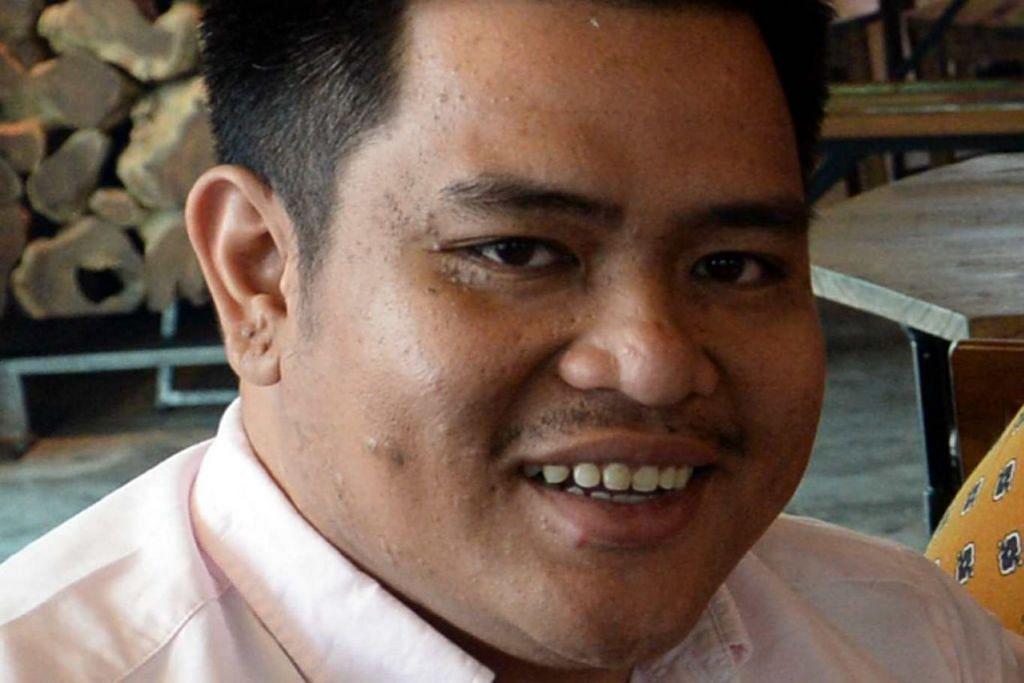 ENCIK AHMAD FIRDAUS ZULKARNAIN: Rombakan menu dan harga menaikkan penjualan kafe Kaw Kaw SG.