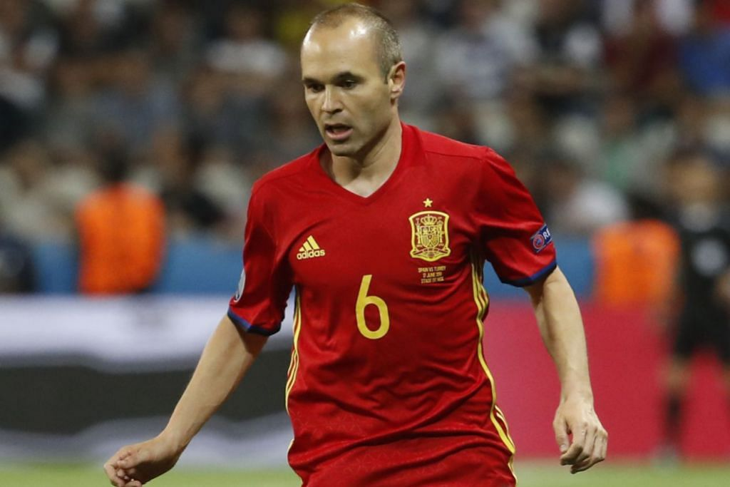 Andres Iniesta, 34 tahun.