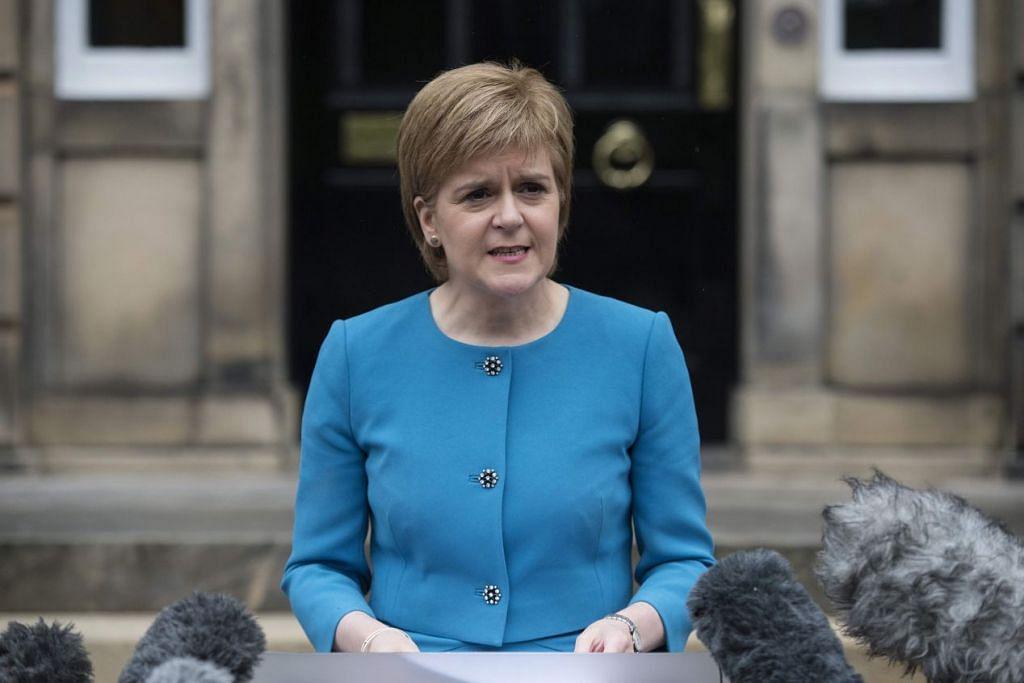 Menteri Pertama Scotland, Cik Nicola Sturgeon, mencetuskan idea di BBC pada Isnin bahawa Holyrood (pemerintah Scotland) boleh cuba menyekat Britain daripada meninggalkan EU.