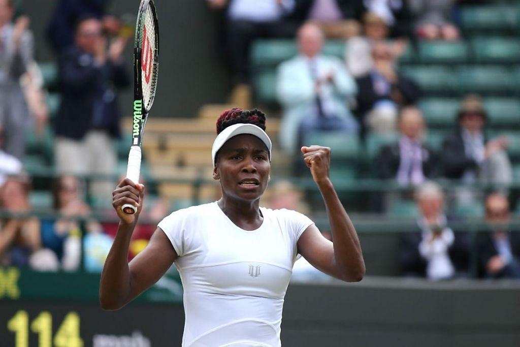 Venus Williams menyambut kemenangannya ke atas Yaroslava Shvedova pada 5 Julai.