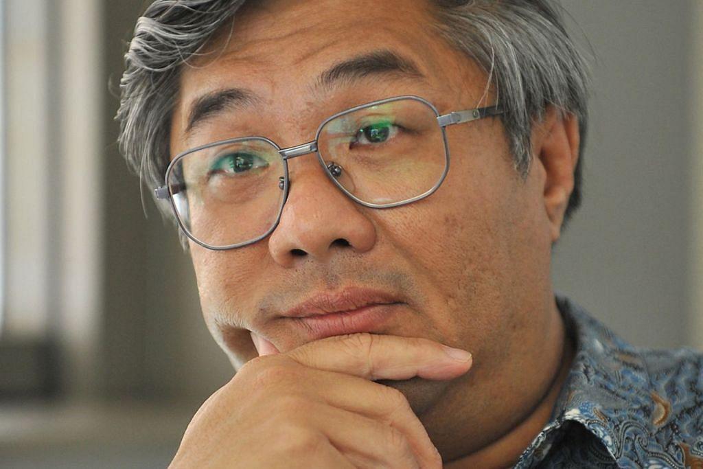 Profesor Walter Woon, dekan Institut Pendidikan Guaman Singapura.