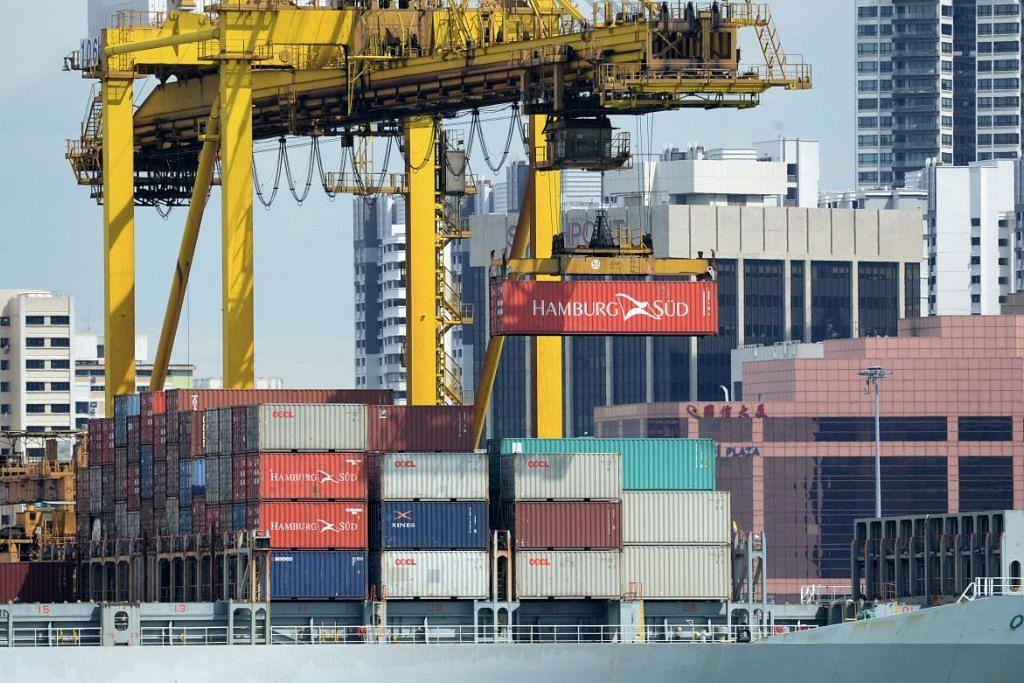 Ekonomi Singapura tumbuh 2.2 peratus dari April hingga Jun lalu, lebih baik daripada pertumbuhan 2.1 peratus dari Januari hingga Mac, menurut anggaran awal Kementerian Perdagangan dan Perusahaan (MTI) yang dikeluarkan pada Khamis (14 Julai).