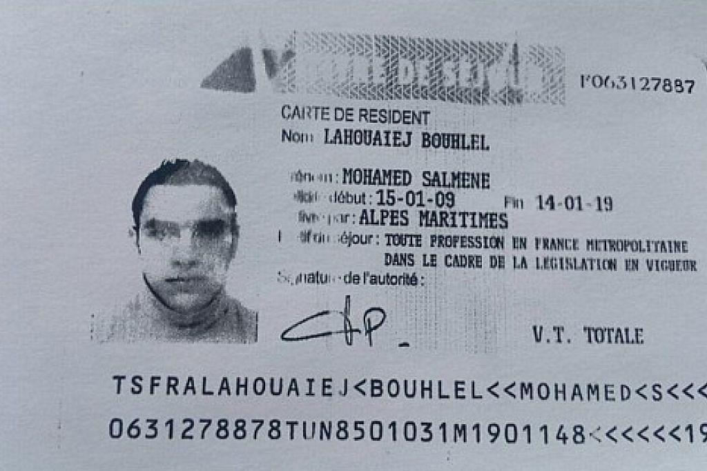 Imej daripada sumber polis Perancis menunjukkan salinan semula permit kediaman Mohamed Lahouaiej-Bouhlel, lelaki yang merempuh trak ke arah orang ramai semasa sambutan Hari Bastille di Nice pada 14 Julai.