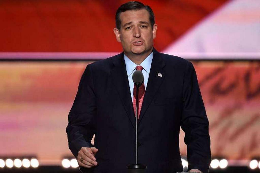 """Senator Ted Cruz memberitahu perwakilan supaya """"undilah ikut hati nurani anda"""", daripada menyokong Encik Donald Trump, semasa berucap pada hari ketiga Konvensyen Kebangsaan Republikan di Cleveland, Ohio, pada 20 Julai."""