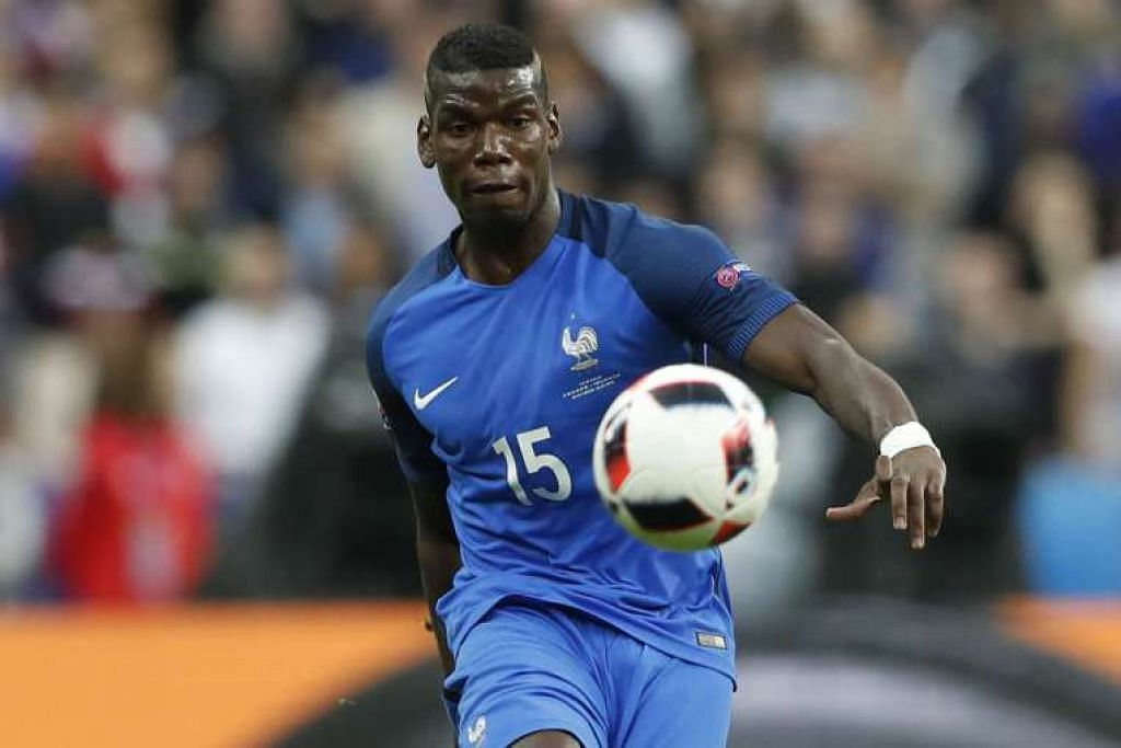 Pemain Manchester United Paul Pogba beraksi semasa Euro 2016 bulan lepas. Pakej Eleven menawarkan tiga tayangan langsung dan tiga tayangan tertunda permainan utama EPL seminggu pada harga $19.90 sebulan.