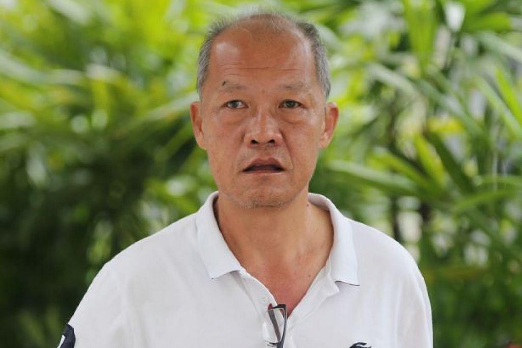 Pemandu Uber Goh Kok Ling tidak puas hati apabila diberitahu dia tidak boleh memandu masuk perhentian teksi di Bugis Junction kerana ia hanya bagi teksi.
