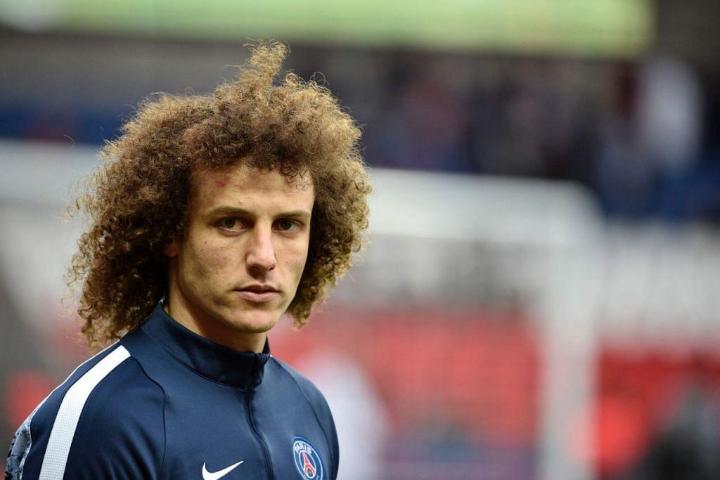 David Luiz kembali ke Chelsea buat kali kedua.