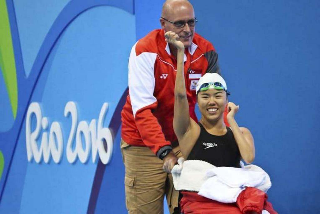 Yip Pin Xiu merai kemenangan beliau dalam acara kuak lentang 50m S2 wanita dalam Paralimpik Rio 2016 pada pagi Jumaat (16 Sep, waktu Singapura).
