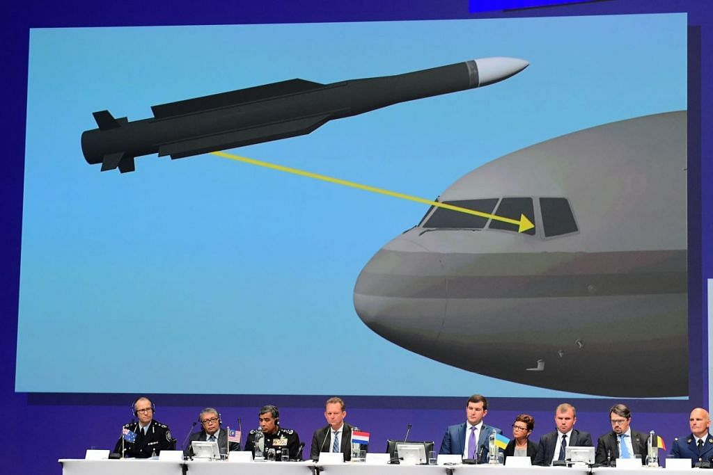 Anggota pasukan antarabangsa menyampaikan dapatan awal siasatan jenayah ke dalam nahas pesawat Malaysia Airlines MH17, di Belanda, pada Rabu (28 Sep).