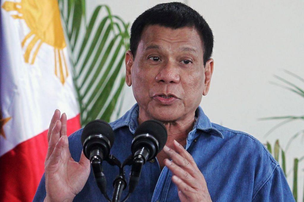 Lawatan empat hari Encik Duterte ke China mulai Selasa (18 Okt) kelihatan akan mengukuhkan kecondongan dasar luarnya jauh dari Amerika, yang beliau marah kerana mengkritik kempen mautnya ke atas jenayah.
