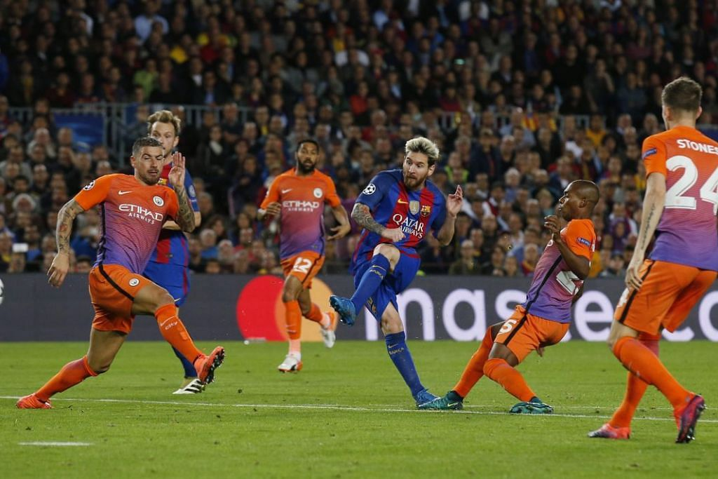 Lionel Messi menjaringkan gol kedua Barcelona dalam kemenangan 4-0 ke atas Manchester City dalam perlawanan Liga Juara-Juara di The Nou Camp pada Rabu (19 Okt).